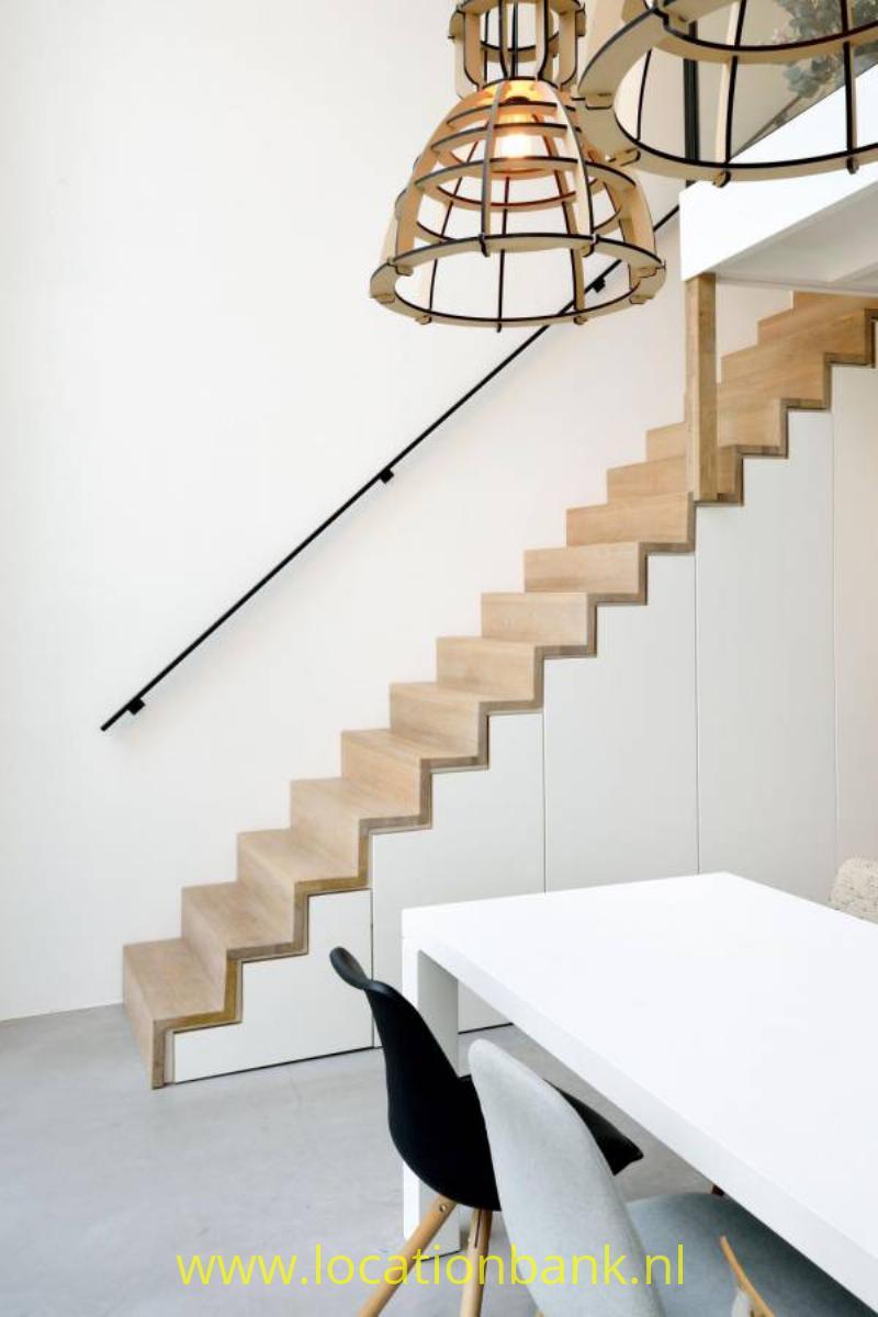 open houten trap modern