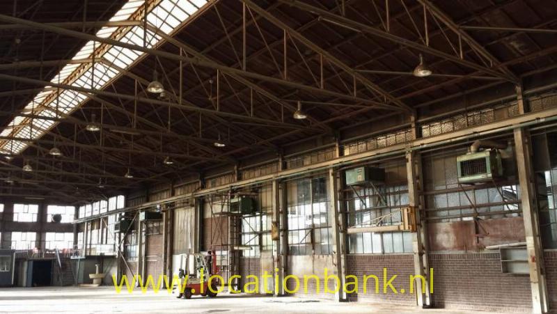 Lege fabriekshal en Loods industri?el