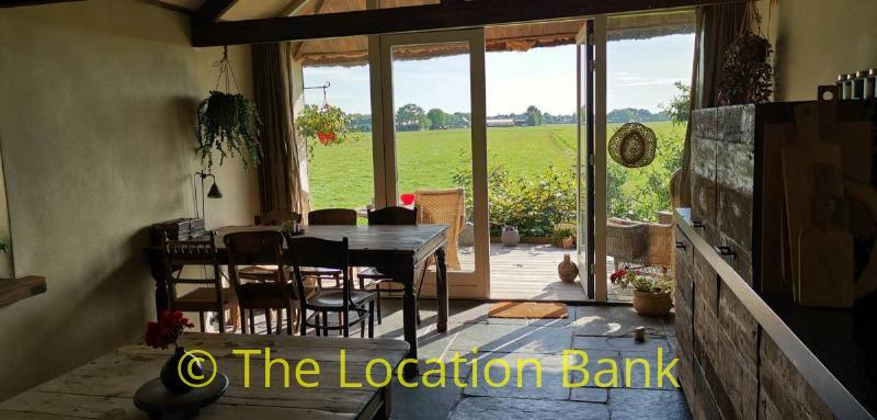 keuken met landelijk uitzicht