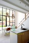 keuken met open trap